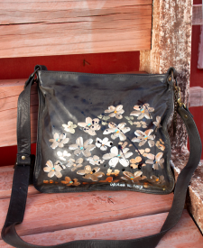 Camelia Bag With Decoration