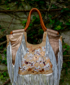 Rodas Gold Handbag With Art